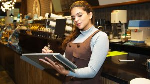 Key Features of Restaurant POS Systems in Dubai